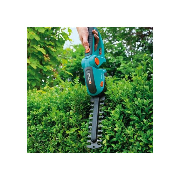 gardena hedge trimmer easycut 42 accu halve parasol. Black Bedroom Furniture Sets. Home Design Ideas